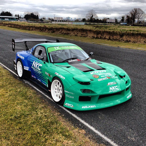 Universal Drift Wing